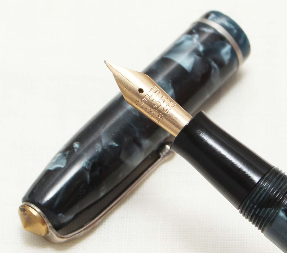 8719 Conway Stewart No.75 in Blue Marble. Fine FIVE STAR Nib.