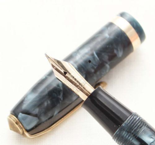 8728 Conway Stewart No.84 in Blue Marble. Medium FIVE STAR Nib.
