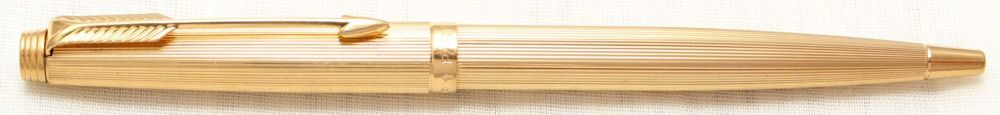 8790 Parker 75 Ball Pen in Rolled Gold.