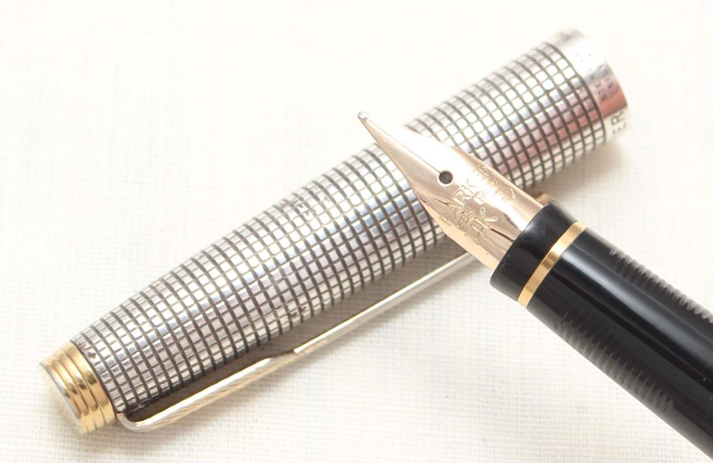 8803. Parker 75 in Sterling Silver Ciselle, Smooth Fine side of Medium FIVE