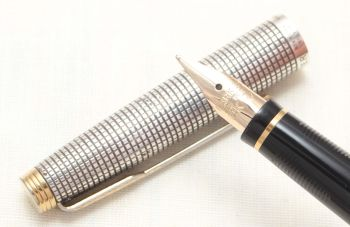 8803 Parker 75 in Sterling Silver Ciselle, Smooth Fine side of Medium FIVE STAR Nib.