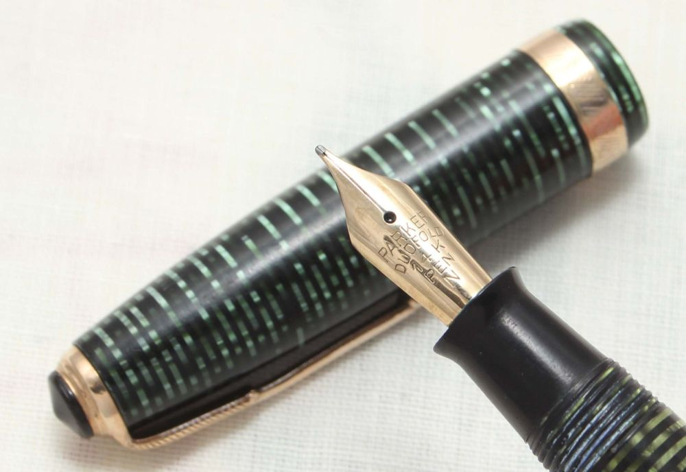 8816 Parker Vacumatic Fountain Pen in Emerald Pearl, Medium FIVE STAR Nib.