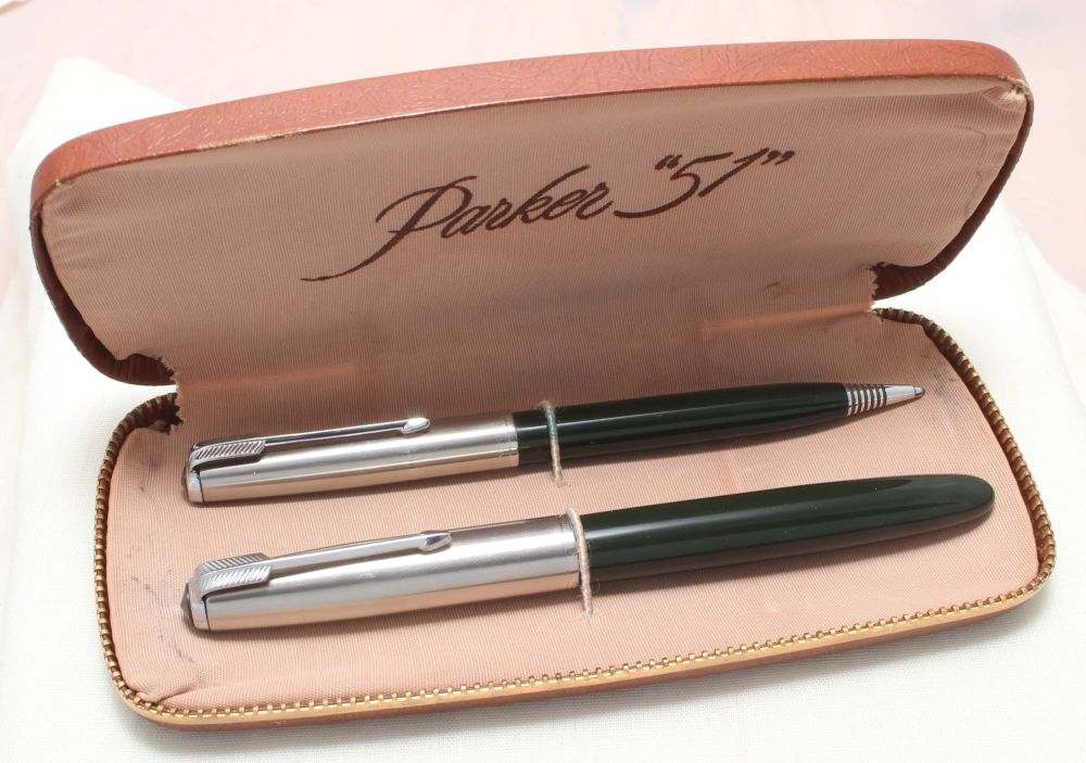 8867 Parker 51 Double Set in Classic Black with Lustraloy caps. Mint and Bo