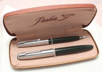 8867 Parker 51 Double Set in Classic Black with Lustraloy caps. Mint and Boxed. Medium FIVE STAR Nib.