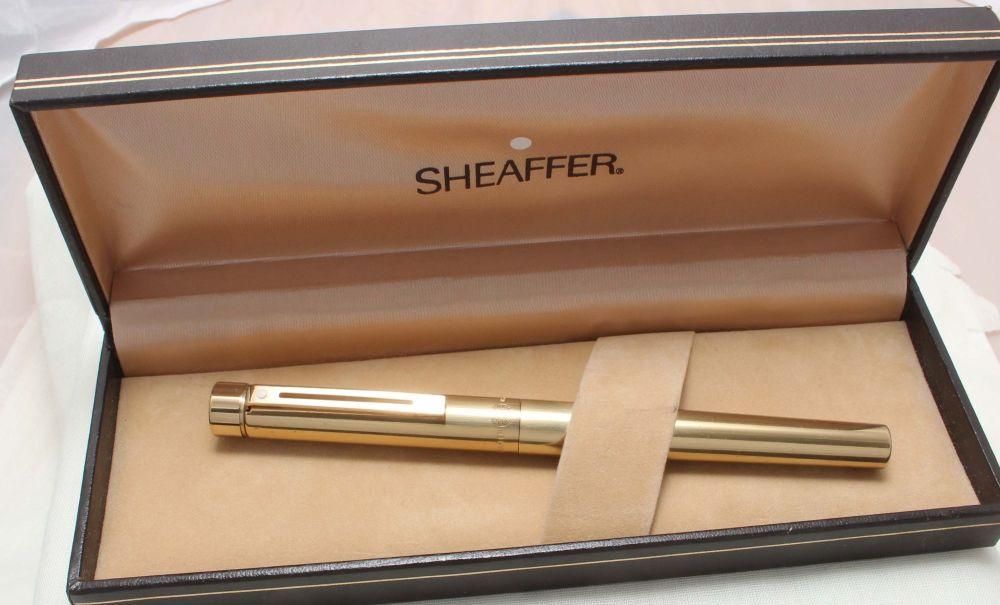8831 Sheaffer Targa 1020 Imperial Brass Fountain Pen. Fine FIVE STAR nib.