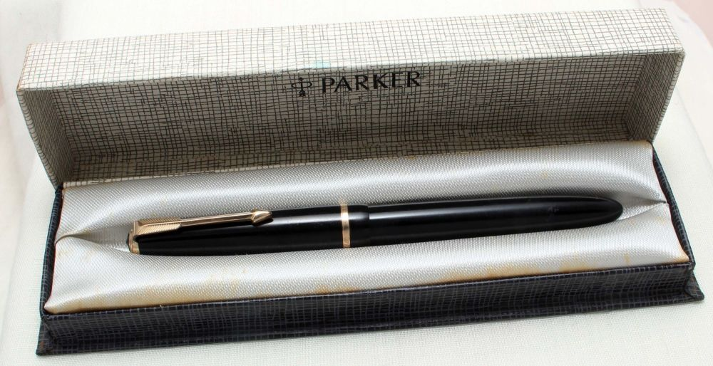 8835 Parker Duofold Slimfold in Black, c1965. Smooth Broad Italic FIVE STAR