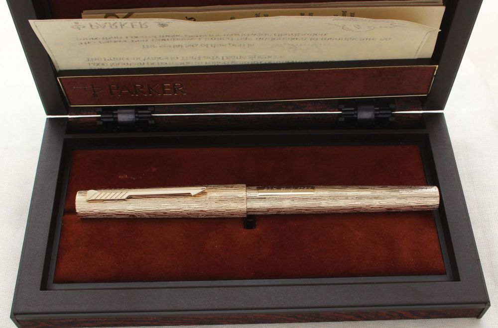 8894. Parker 105 Royal Wedding Limited Edition Commemorative Pen. Mint and