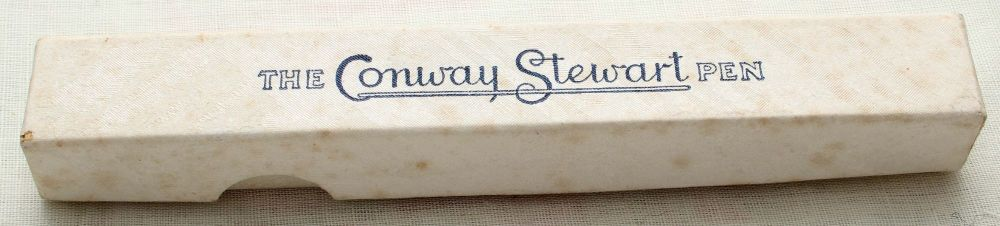 8902 Conway Stewart No.84 in Gold Veined Burgundy Marble. Medium Italic FIV