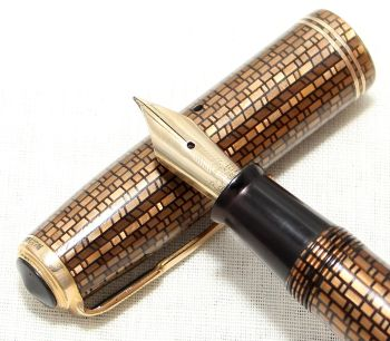 8967 Parker Vacumatic Junior Fountain Pen in the rare Golden Web, Fine Semi Flex FIVE STAR Nib.