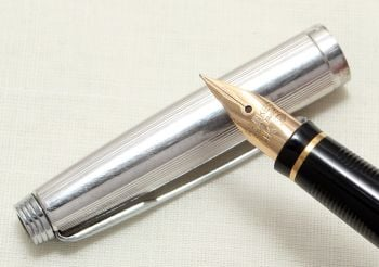 8976 Parker 75 in Silver Plate. Smooth Fine Nib. Mint and Boxed