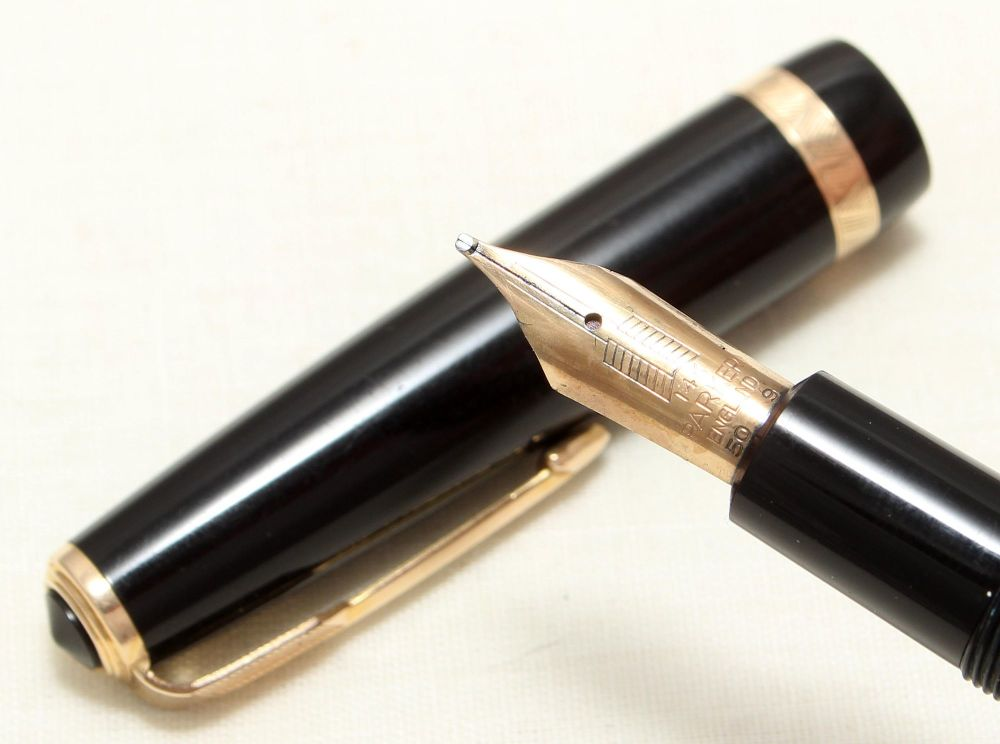 8996 Parker Duofold Maxima in Black, Large No.50 Broad FIVE STAR Nib.