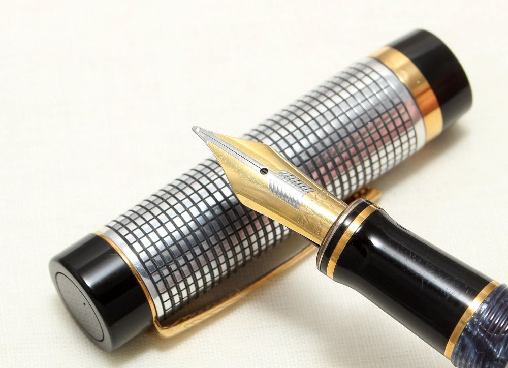9043 Parker Duofold Centennial Fountain Pen with a Custom sterling Silver O