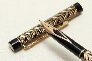 9049 Sheaffer Targa 676s Slim Fountain Pen in the Feather Pattern. Medium FIVE STAR Nib.