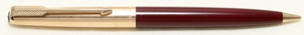 9073 Parker 51 Propelling Pencil in Burgundy with a Rolled Gold Cap.