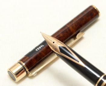 9082 Sheaffer Targa 1030S Slim Fountain Pen in Laque Thuya Ronce. Fine FIVE STAR Nib.