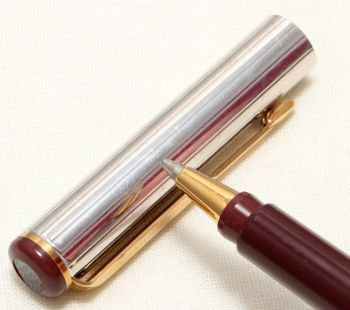 9086 Parker Rialto (88) Ball Pen in Burgundy and Silver Plate. New Old Stock.