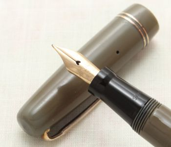 9116 Swan (Mabie Todd) Self Filler 3230 Fountain Pen in Grey with Gold Trim. Smooth Fine FIVE STAR Nib.