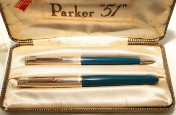 9158 Parker 51 Double Set in Teal Blue with Rolled Gold caps. Mint and Boxed. Fine FIVE STAR Nib.