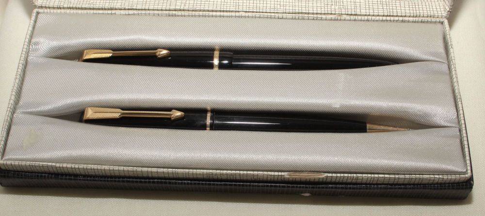 9166 Parker Duofold Slimfold Set in Classic Black, Smooth Medium FIVE STAR