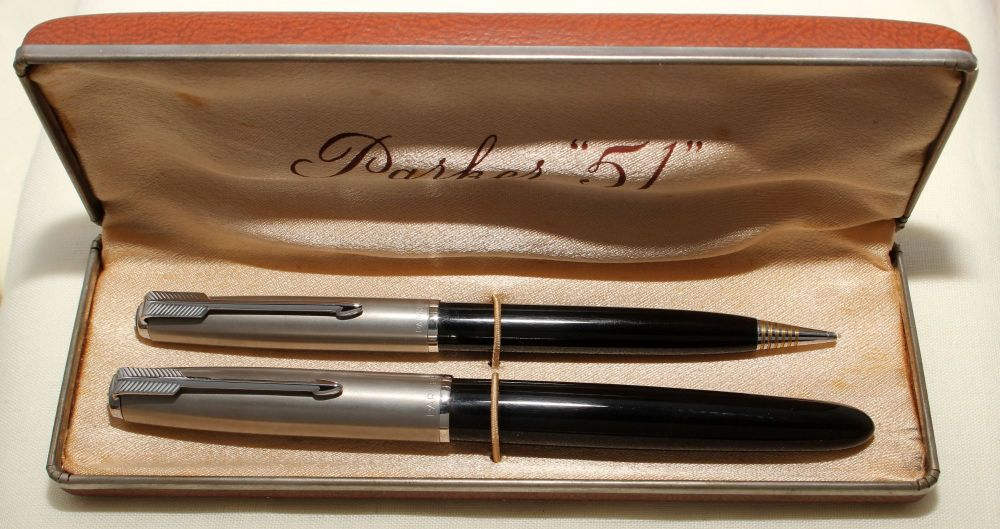 9167 Parker 51 Double Set in Classic Black with Lustraloy caps. Mint and Bo
