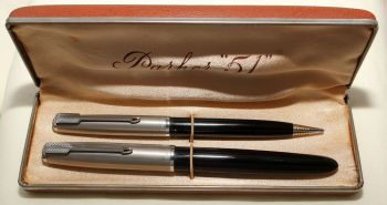 9167 Parker 51 Double Set in Classic Black with Lustraloy caps. Mint and Boxed. Fine FIVE STAR Nib.