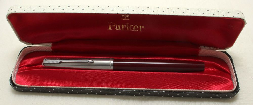 9188. Parker 51 MkIII Aerometric in Burgundy with a Lustraloy Cap, Smooth M