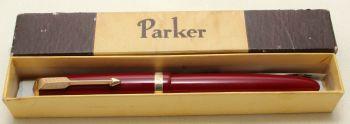 9193 Parker Duofold Demi in Burgundy, c1965. Smooth Fine FIVE STAR Nib.