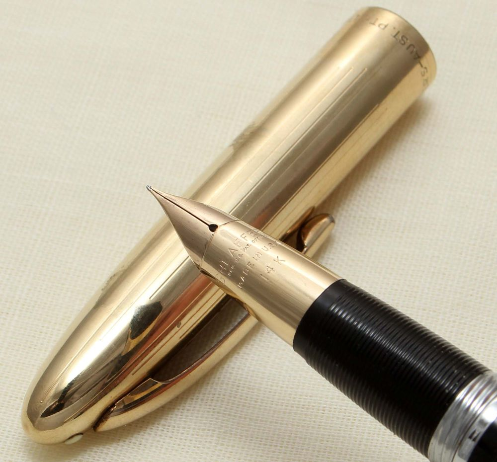 9232 Sheaffer Crest Snorkel Fountain Pen in Black. Smooth Extra Fine Nib.