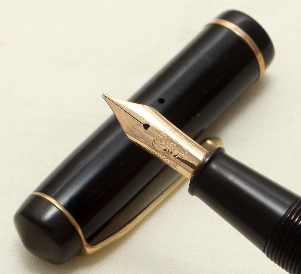 9252 Conway Stewart No.286 in Classic Black. Medium FIVE STAR Nib.