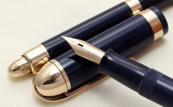 9108 Eversharp Skyline Fountain Pen and Pencil set in Dark Blue. Fine Semi Flex FIVE STAR Nib.