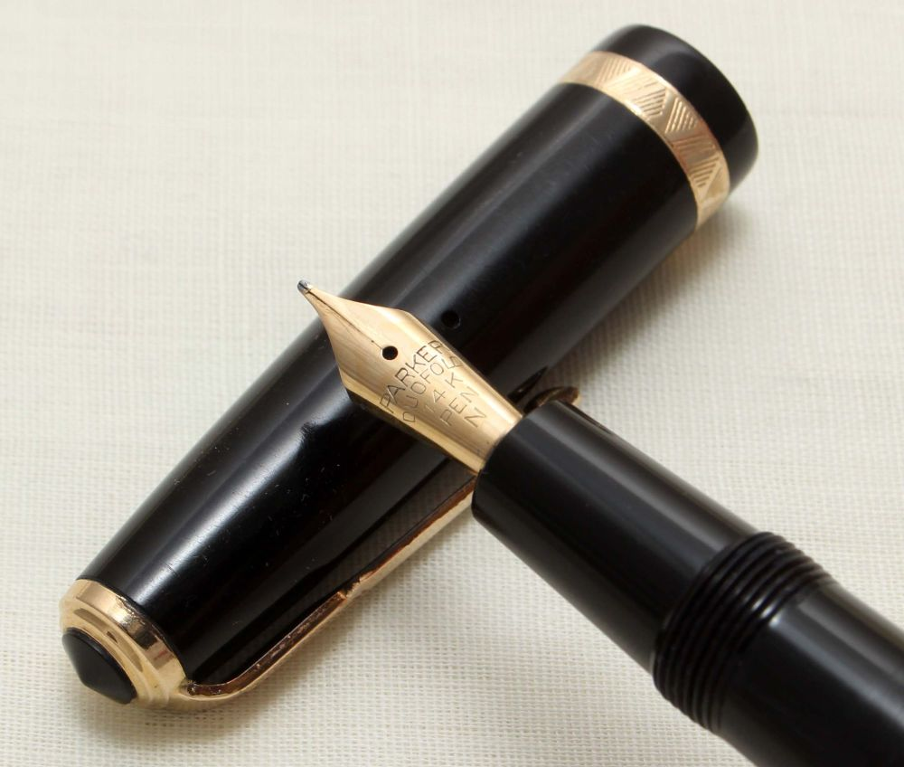 9295 Parker Duofold Demi in Black, c1965. Smooth Fine FIVE STAR Nib.