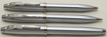 9299 Sheaffer 100 Triple Set in brushed Stainess Steel. Smooth Medium Nib.