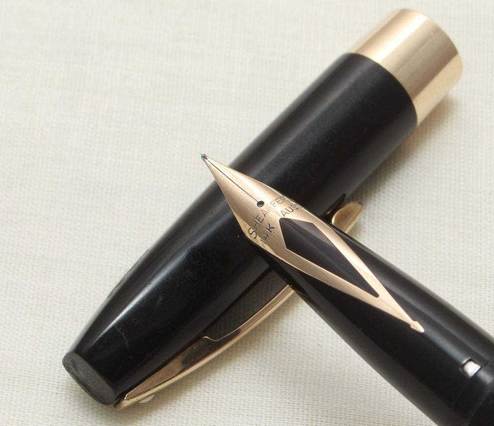 9302 Sheaffer Imperial Touchdown Fountain Pen in Black with Gold Filled tri