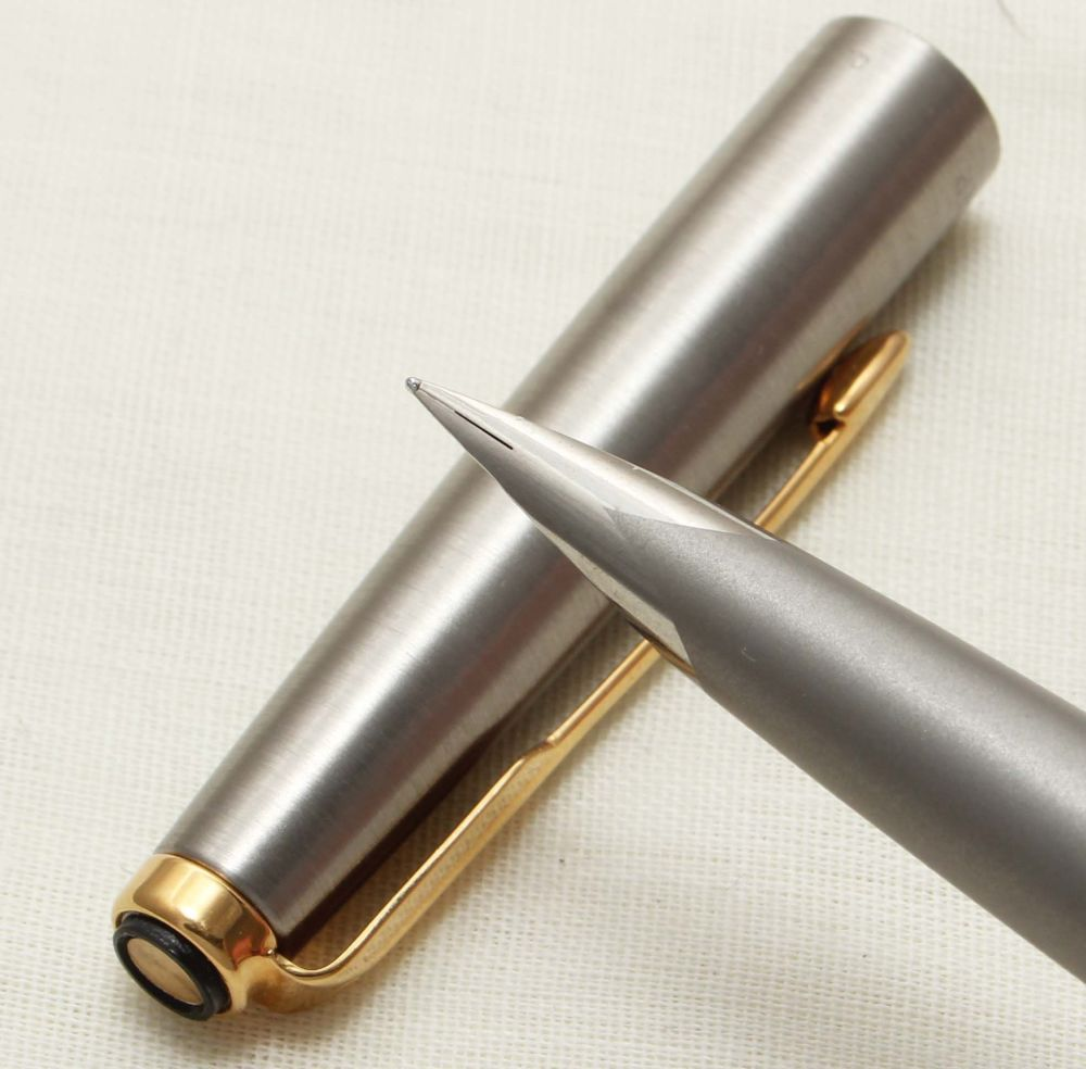 9316 Parker Falcon Fountain Pen, Finished in brushed Stainless Steel, Smoot