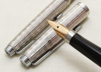 9318 Parker 75 Fountain Pen and Ball Pen set in Chiselled Tartan. Medium FIVE STAR Nib.