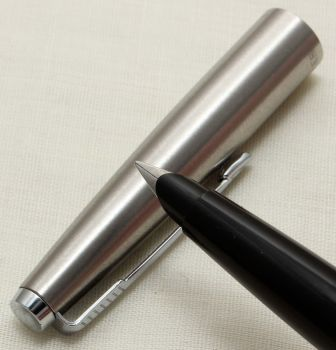 9324 Parker 45 CT Flighter in Brushed Stainless Steel. Smooth Fine FIVE STAR Nib.