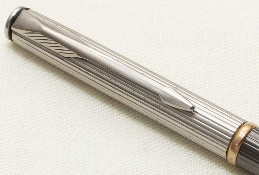 9326 Parker Insignia Ball Pen, Polished Chrome cap with a Grey Barrel. New
