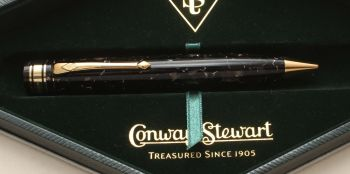 "9401 Conway Stewart Limited Edition ""Fender"" Classique Ball Pen in Dartmoor Grey Marble. 18ct Gold trim.ed Green, Superb Fine Flexible FIVE STAR nib."
