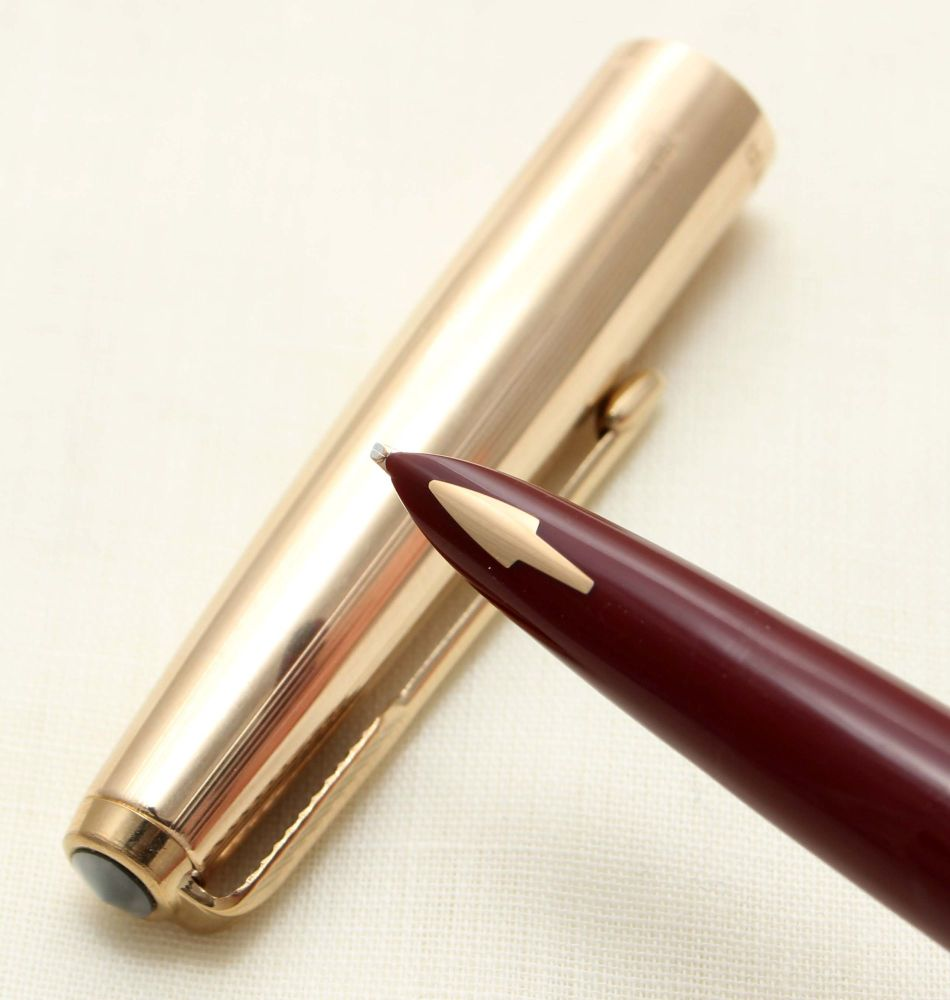 9356 Parker 61 Custom Fountain Pen in Burgundy. Medium Oblique Italic FIVE