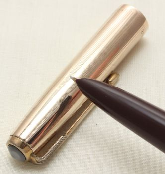 9364. Parker 51 Aerometric in Burgundy with a Rolled Gold Cap, Smooth Medium FIVE STAR Nib.