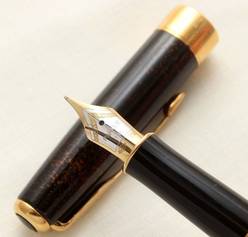9412 Parker Sonnet Fountain Pen in Chinese Laque Vision Fonce. 18ct Medium