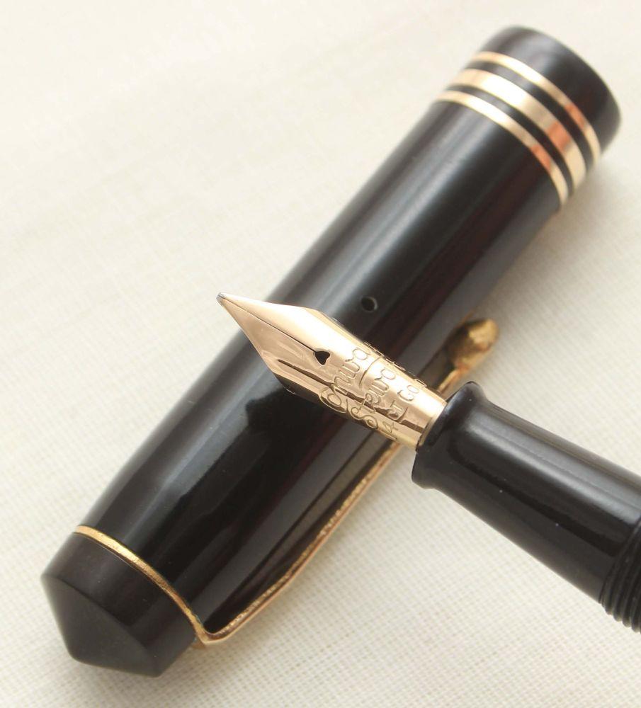 9347 Conway Stewart No.388 in Classic Black. Medium FIVE STAR Nib.
