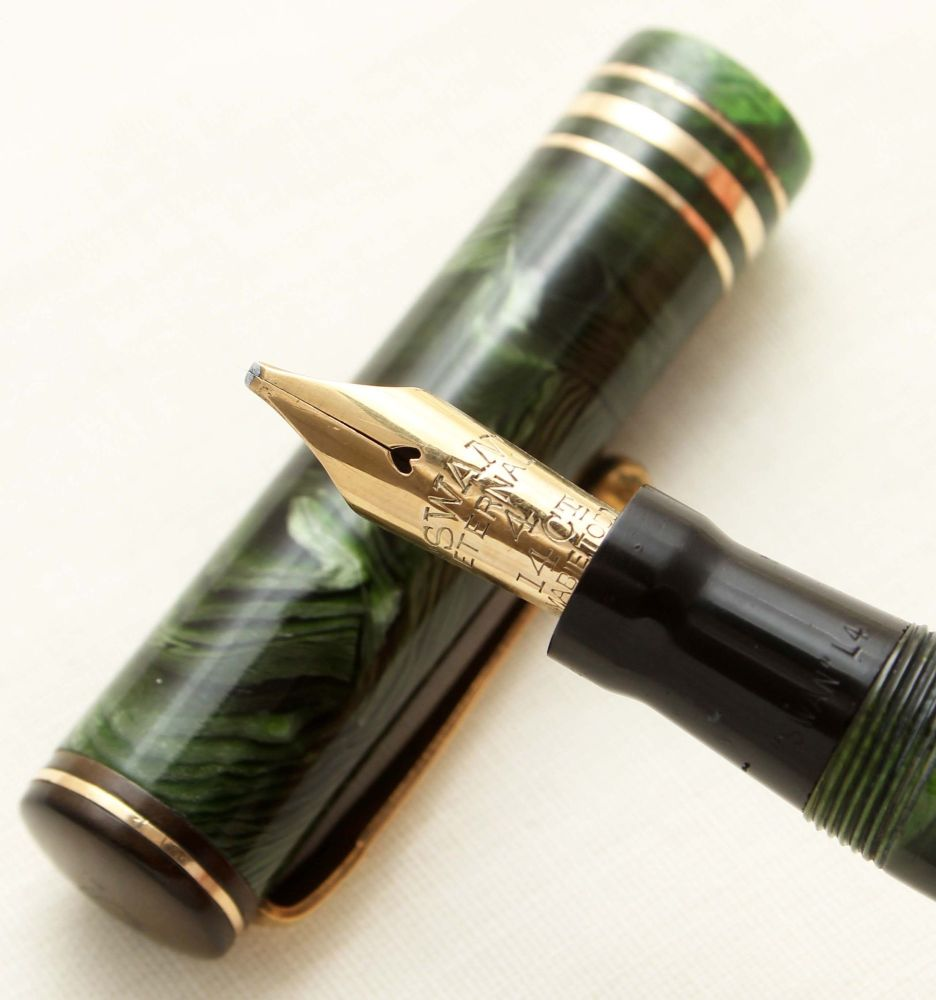 9462 Swan (Mabie Todd) Leverless L442/66 Fountain Pen in Green Marble. Fabu