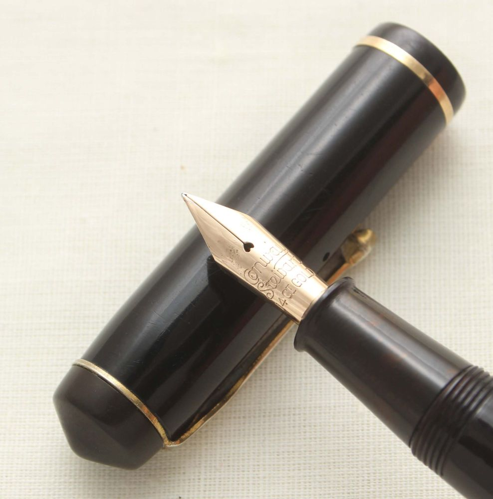8752 Conway Stewart No.286 in Classic Black. Broad Italic FIVE STAR Nib.