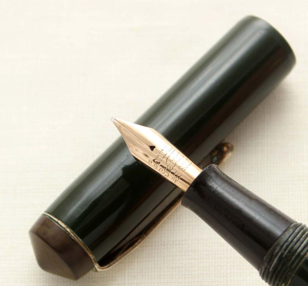 9506 Conway Stewart No.475 in Dark Green - Smooth Fine Semi Flex FIVE STAR