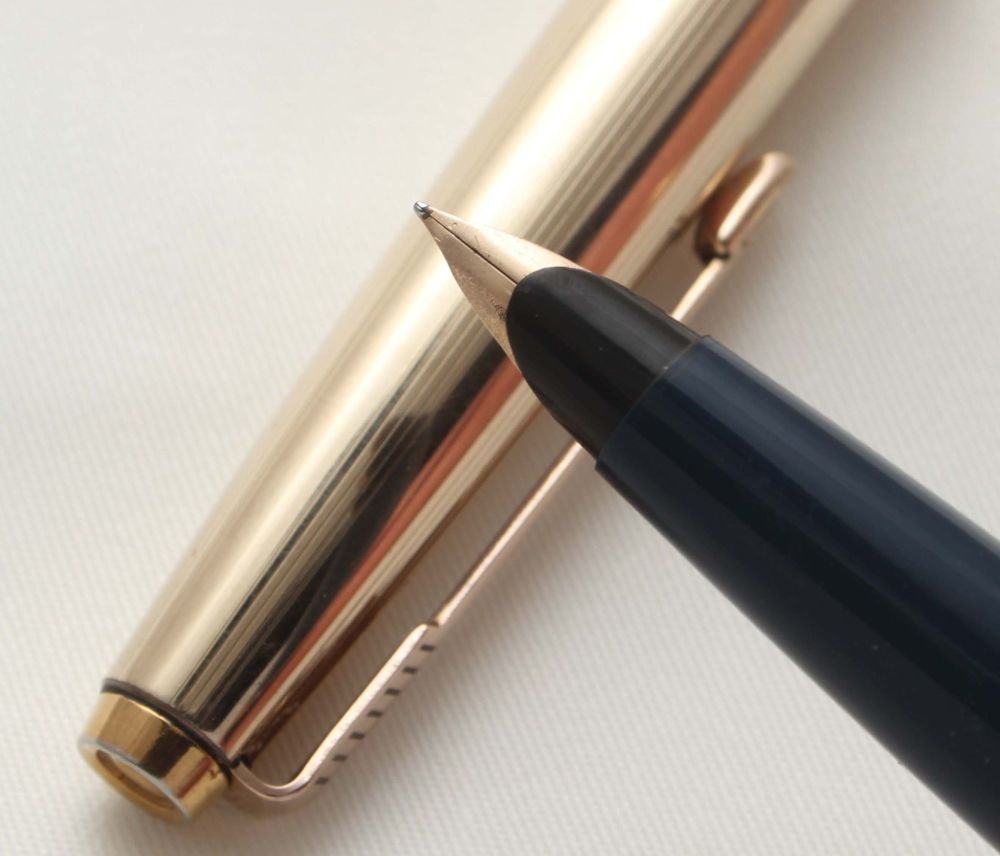 9513 Parker 45 GT in Blue with a Rolled Gold Cap. Smooth Fine FIVE STAR Nib