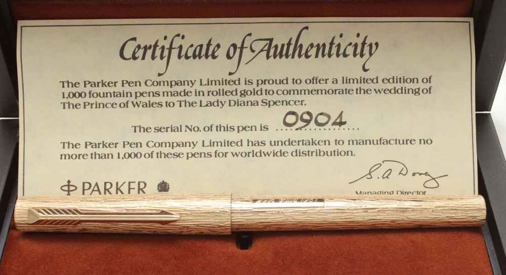 9551 Parker 105 Royal Wedding Limited Edition Commemorative Pen. Mint and b