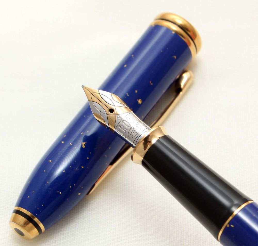 9543 AT Cross 'Townsend' Fountain Pen in Lapis Lazuli. Mint and Boxed, Medi