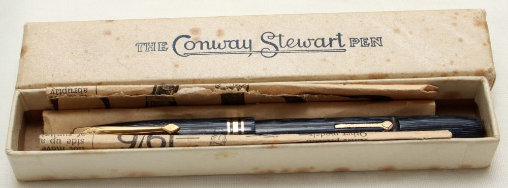9535 Conway Stewart No.36 Fountain Pen in Lined Blue Marble, Superb Medium