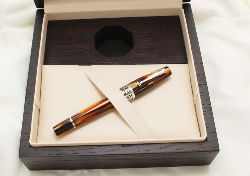 9529 Montegrappa Extra 1930 Fountain Pen in Turtle Brown. Medium FIVE STAR
